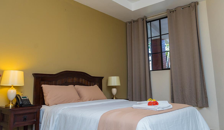 Habitación sencilla Hotel Farallones Chinandega Nicaragua