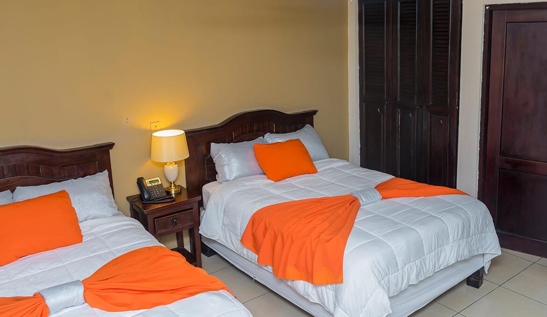 Habitación Doble Hotel Farallones Chinandega Nicaragua