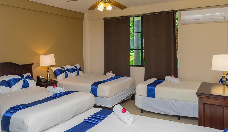 Habitación Cuadruple Hotel Farallones Nicaragua Chinandega